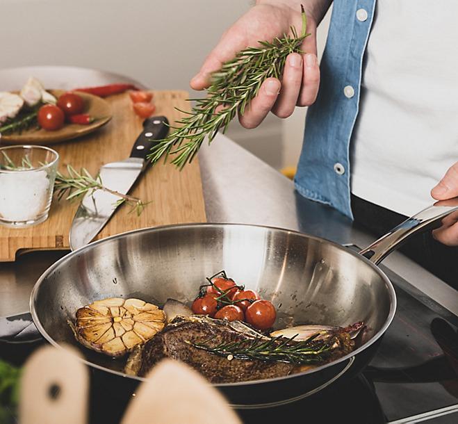 Dry-Aged-Steak Zubereitung Bratpfanne Flavoria