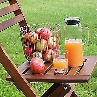 Freundinnenkaffee mit Apfelkuchen