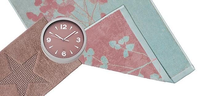 Clock bath mat towel pastel