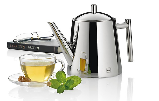 Teekanne aus Edelstahl