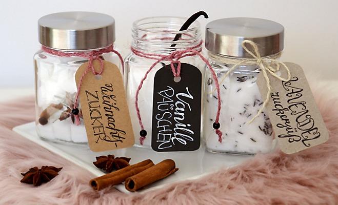 Aromatisierter Zucker in Vorratsgläsern