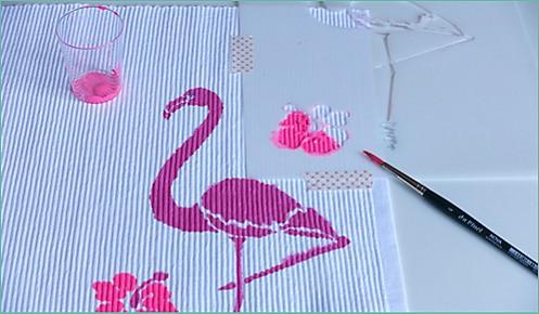 Tischset Flamingo Step 3 Blumen ausmalen